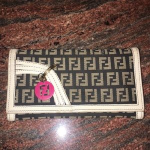 Authentic FENDI wallet, RARE and GUC!!